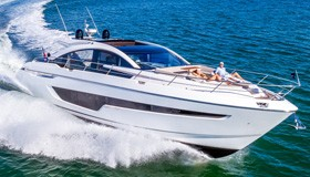Фото моторной яхты Fairline Targa 63 GT