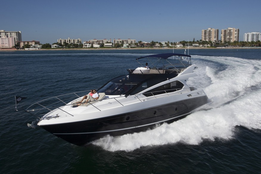 Фото моторной яхты Sunseeker Manhattan 65
