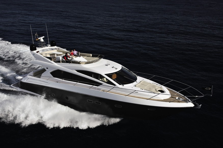 Фото моторной яхты Sunseeker Manhattan 63