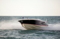 Chris-Craft  Launch 32