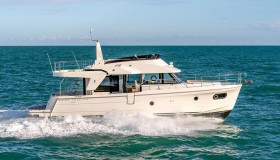 Фото моторной яхты Beneteau Swift Trawler 47