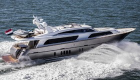 Фото моторной яхты Van der Valk Raised Pilothouse 26M