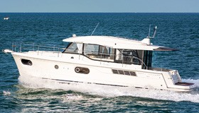Фото моторной яхты Beneteau Swift Trawler 41 Sedan
